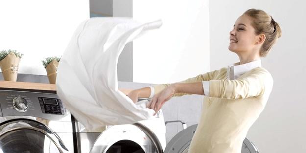 Beyaz kıyafetten leke nasıl çıkar? Beyaz kumaştan leke çıkartmak