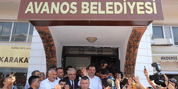 Beyazıt'ı su basarken, İmamoğlu Nevşehir'de halkı selamlıyordu!..