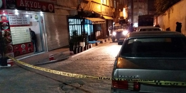Beyoğlu'nda ses bombalı saldırı!