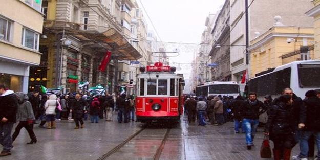 Beyoğlu'nun 100 yılı deviren binaları!