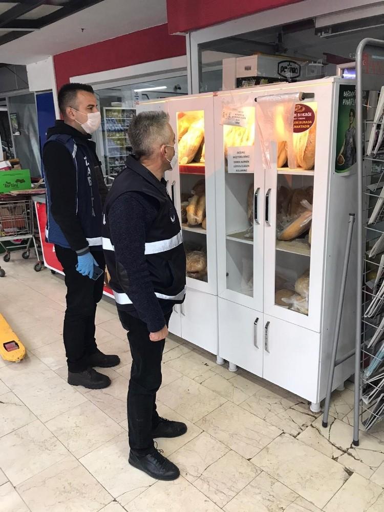 Bilecik'te market ve fırınlara ambalajlı sebze, meyve ve ekmek denetimi