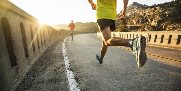 Bilim insanları açıkladı: Spor yaparken koronavirüs bulaşır mı?