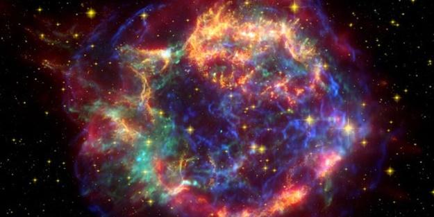 Bilim insanları: Yıldızlardan normal olmayan sinyaller alıyoruz!