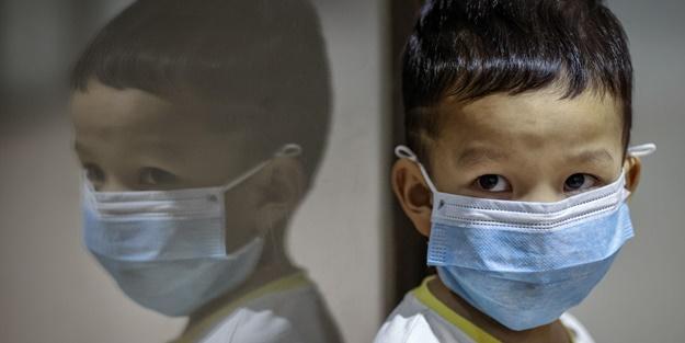 Bilim Kurulu üyesinden çocuklar için kritik uyarı: Normal insandan çok daha fazla!