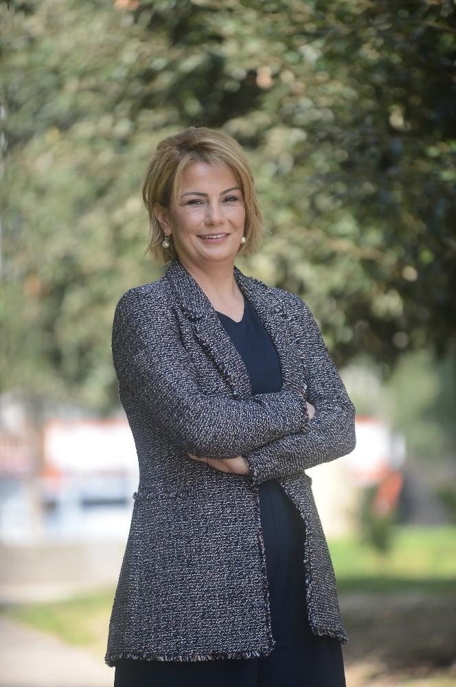 Bilişim Garajı'nın Kurucu Ortağı Zerrin Topal, Türkiye'nin en başarılı kadın girişimcileri arasında