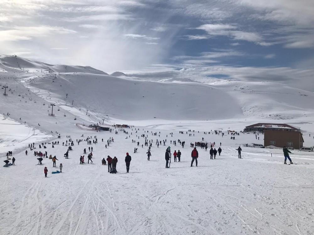 Bingöl'de kayak merkezi yoğun ilgi görüyor