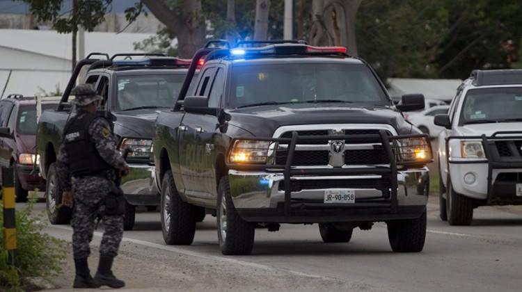 Bir kentin tüm polisleri gözaltına alındı!