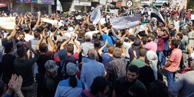 Bir şehir sokağa döküldü: Türkiye bizi korusun