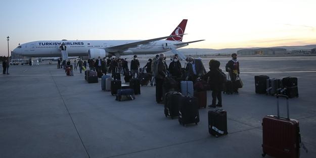 Bir tahliye operasyonu daha! 349 Türk vatandaşı Türkiye'ye getirildi