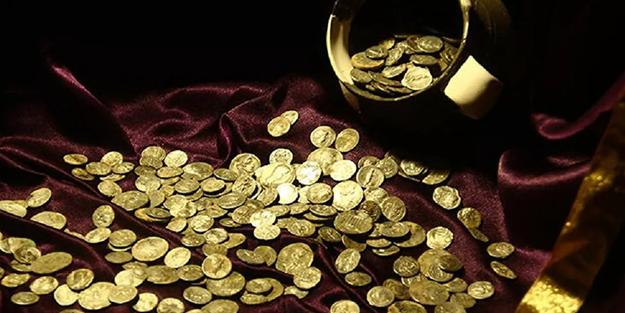 Bir testi dolusu 'denarius' ve 'cistophor' bulundu