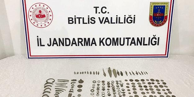 Bitlis'te 220 tarihi obje ele geçirildi