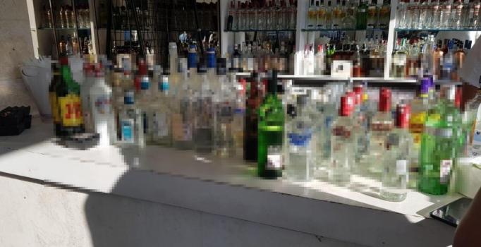 Bodrum'da kaçak içki operasyonu: 4 kişi gözaltına alındı