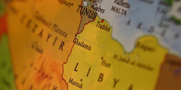 Bölgede tansiyon yüksek! Libya sınırında askeri tatbikat