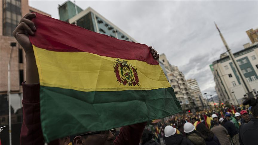 Bolivya'da güvenlik güçlerinin müdahalesinde Evo Morales destekçisi 3 kişi öldü