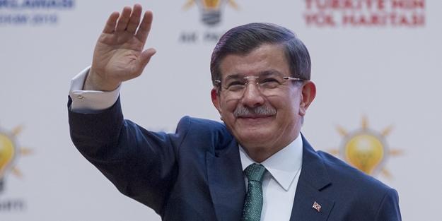 Bomba iddia: Ak Parti'nin adayı Ahmet Davutoğlu