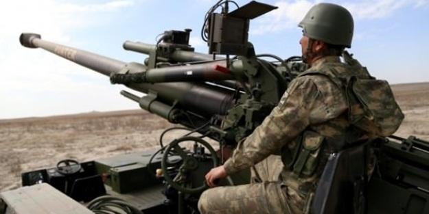 Bombardımana tutulan YPG kaçıyor!