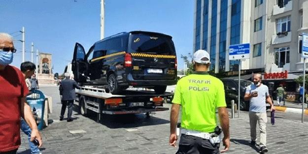 Taksicisi, turistlere yaptığı ayıptan bin pişman oldu