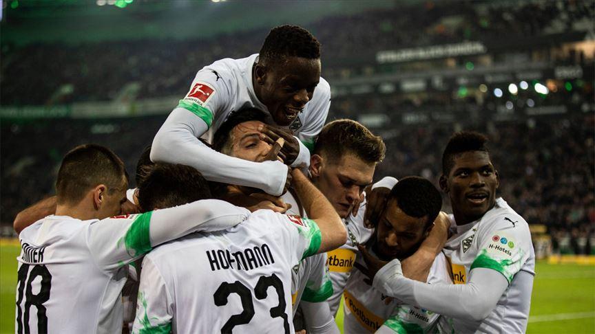 Borussia Mönchengladbach Bayern Münih'i son dakika golüyle yendi