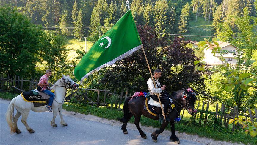 Bosna Hersek'teki '510. Ayvaz Dede Şenlikleri'ne katılacak atlılar Karaula'dan yola çıktı