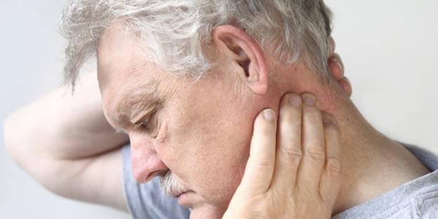Boyun ağrısı için hangi doktora gidilir