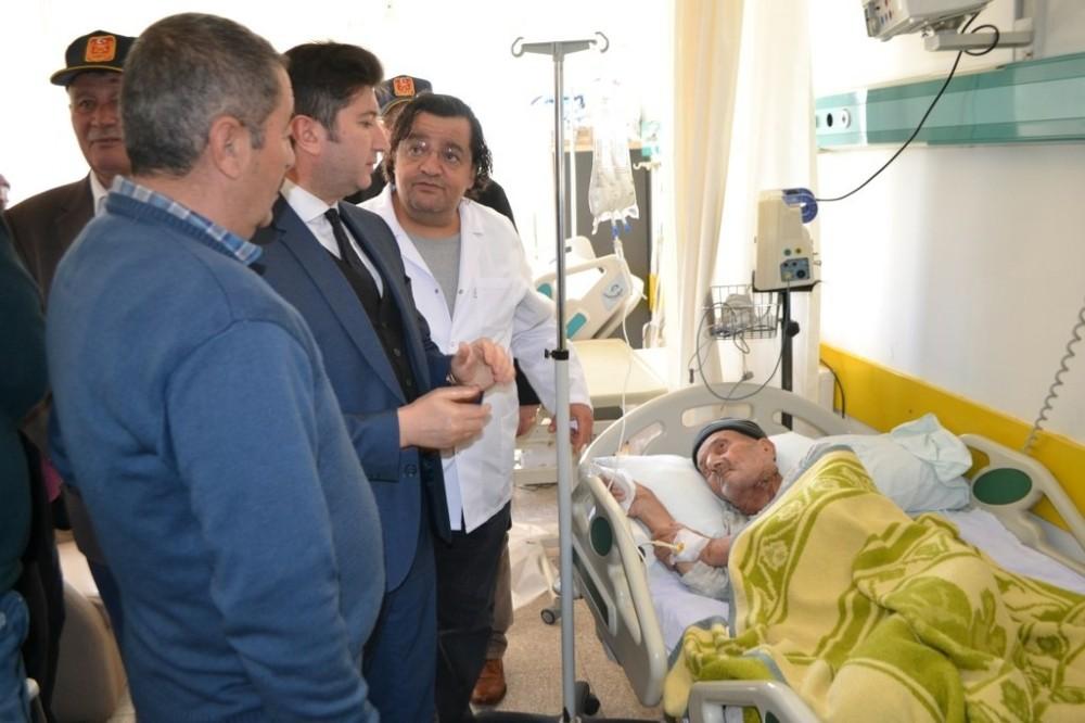 Bozyazı Kaymakamı Yalçın'dan Kore gazisine hastanede ziyaret