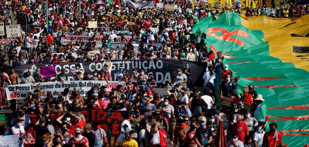 Brezilya'da milyonlar sokağa çıktı ve Devlet Başkanı Bolsonaro'yu protesto etti