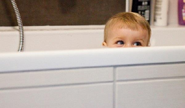 Bu şampuan bebeklerinizin yüzünü güldürecek!