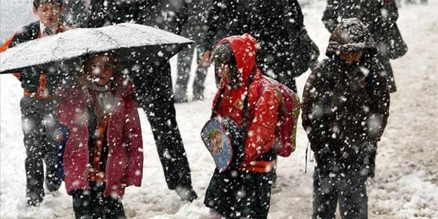 Bugün (10 Şubat Pazartesi) hangi illerde okullara ara verildi? Okullar tatil mi?