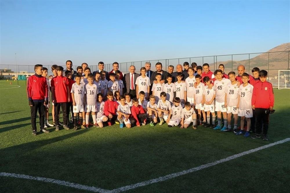 Bülent Uygun'dan Yerköspor Futbol Akademisi'ne övgü