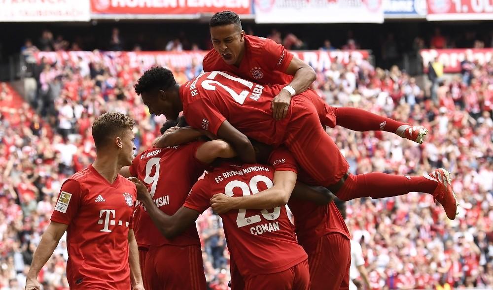 Bundesliga'da perde yarın açılıyor