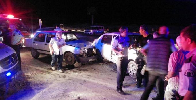Burdur'da zincirleme kaza: 7 kişi yaralı