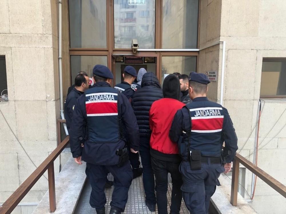 Bursa jandarmasından operasyon: 4 tutuklama
