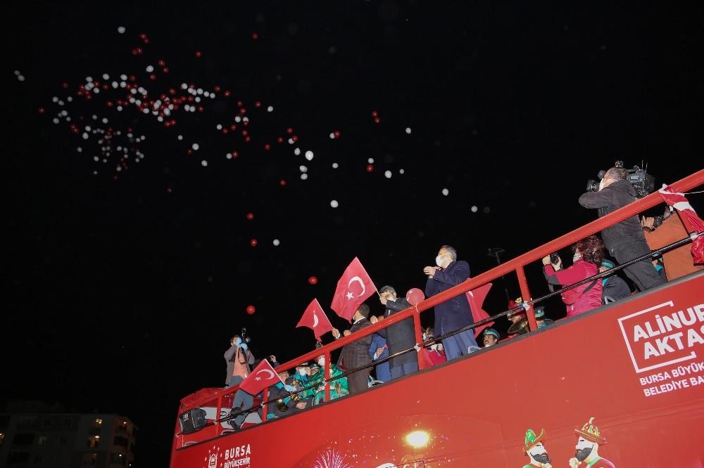 Bursa'da 23 Nisan kutlamalarına renkli final