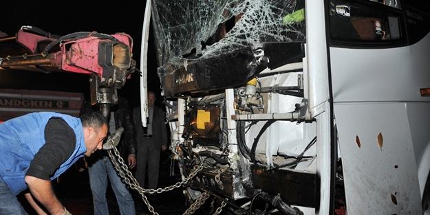 Bursa'da feci kaza! 11 yaralı
