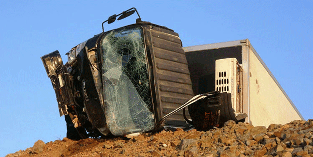 Bursa'da feci olay! Sürücü hayatını kaybetti