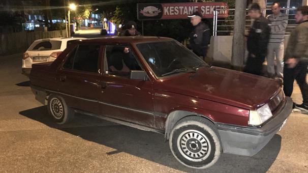 Bursa'da polisten kaçan uyuşturucu satıcıları yakalandı