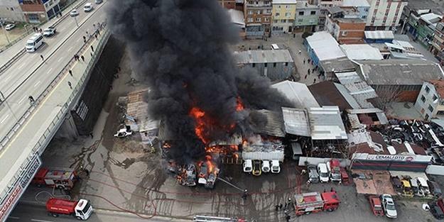Bursa'da yangın! Çok sayıda araç küle döndü