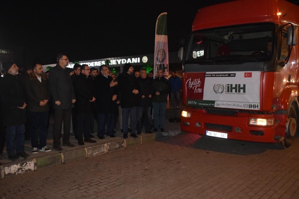 Bursa'da yetim dayanışması gecesi