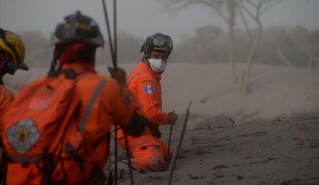 Guatemaladaki yanardağ felaketinde ölü sayısı 75e çıktı 61