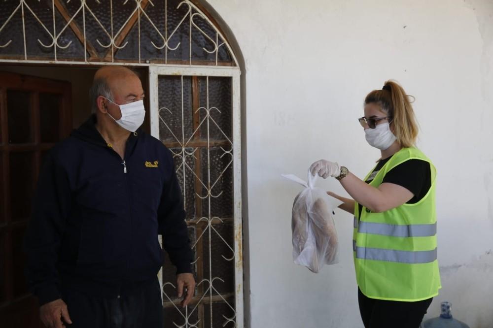 Büyükşehir ekipleri vatandaşlar için zaruri ihtiyaç nöbetinde