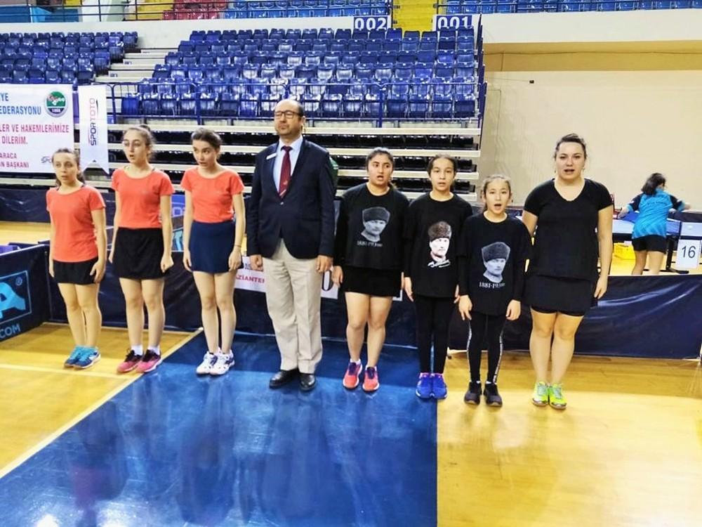 Büyükşehir'in masa tenisçilerinde hedef 2. Lig