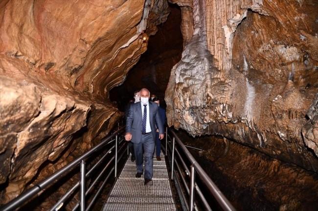 Çal Mağarası 11 ayda 182 bin turist ağırladı