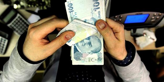 Çalışmayan devam edenin emekli maaşı düşer mi? Tavandan prim ödenmiyorsa emekli maaşım düşer mi?