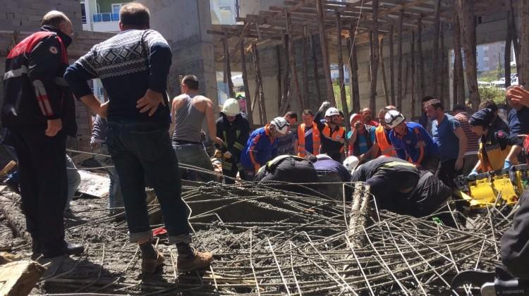 Cami inşaatında göçük! Ölü ve yaralılar var