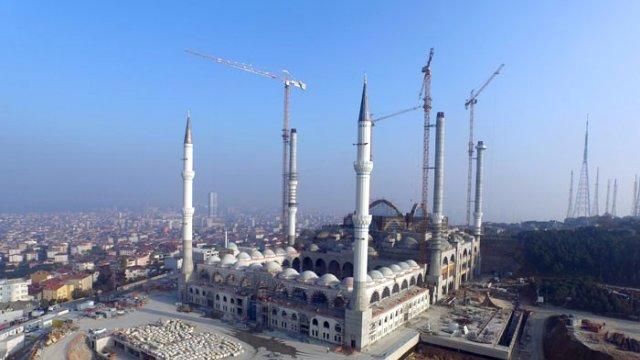 Çamlıca Camii'nde ilk namaz tarihi netleşti