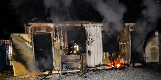 Konteyner yangınında yaşlı bir adam hayatını kaybetti