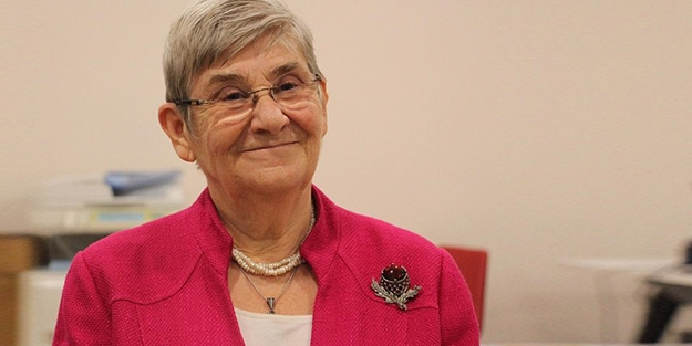 Dominique Cooper - mütevazi ve evde kalp atışı 85