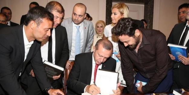 Çapulcu Metin Arolat bu fotoğrafa ne diyecek?