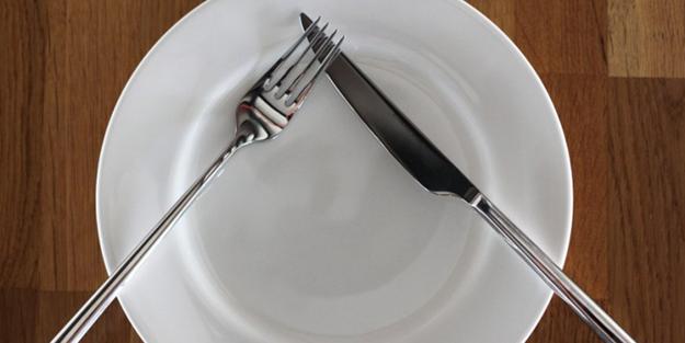 Çatal bıçağın pozisyonu ne anlama geliyor?