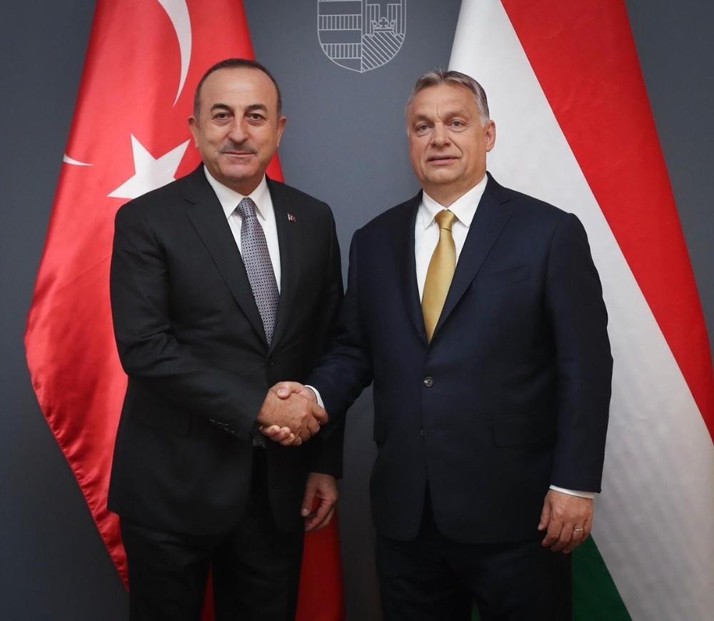 Çavuşoğlu, Macaristan Başbakanı Orban ile görüştü